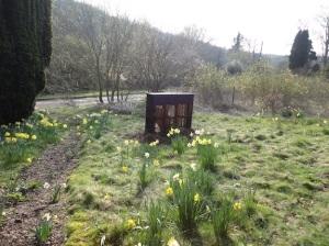 open-garden-wind-piano